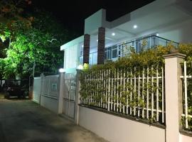 Apartamentos Martinez, hotel near San Andres Bay, San Andrés