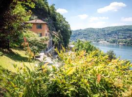 """""""La Dolce Vita"""" Lake Como View"""