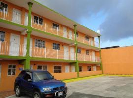 Tropical Manor Inn Half-Way-Tree, hotel in Kingston