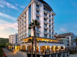 Ayvalik Cinar Hotel, מלון באייבאליק