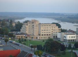 "TAURO TROBA ""The Ox Shelter"", hotel in Stragutė"
