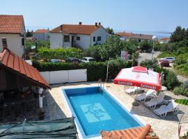 Villa Lory NEW MANAGEMENT, hotel in Krk