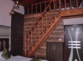 Ekam Lodge