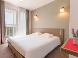Appart'City Cherbourg Centre Port, accessible hotel in Cherbourg en Cotentin