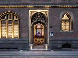 Babila Hostel & Bistrot, hotel in Milan