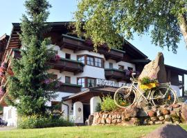 Sport und Familienhotel Klausen, hotel v destinácii Kirchberg in Tirol