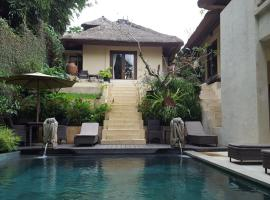 Villa Purnamasari, hotel with pools in Ubud