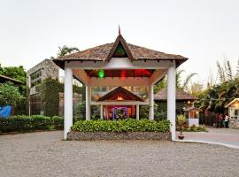 Wood castle Spa & Resort, room in Rāmnagar