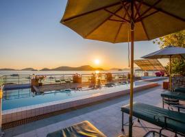 普吉島坎納瑞海灣酒店
