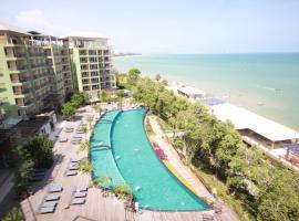 Royal Phala Cliff Beach Resort