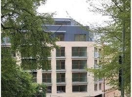Apartment in Mozart's street – hotel w pobliżu miejsca Willa Bertramka w Pradze