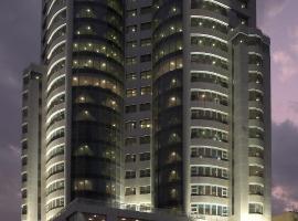 Costa Del Sol Hotel, hotel in Kuwait