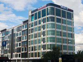 Roxy Hotel & Apartments