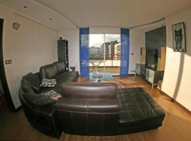 SUITE-HOME Appartement d'exception, hotel in Saint-Nazaire
