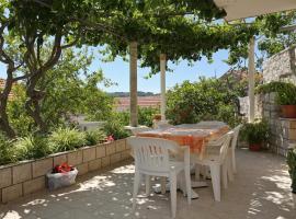 Apartments with a parking space Lumbarda, Korcula - 4473
