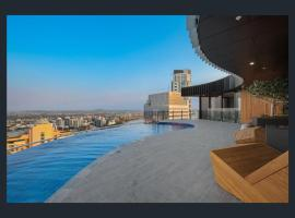Stay in Style-Luxury CBD Apartment