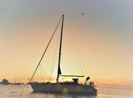 Rama III - Sail Boat Comet 420