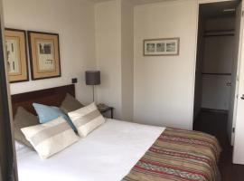 Bellavista Forestal Apartment, hotel near Patio Bellavista, Santiago