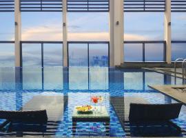 Altara Suites by Ri-Yaz, luxury hotel in Da Nang