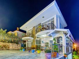 Nefes Hotel, מלון באייבאליק