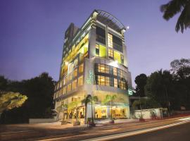 Biverah Hotel & Suites, hôtel à Trivandrum