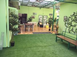 Greenery Hostel, homestay in Bangkok