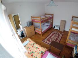 Hostel Dada