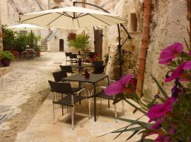 Hotel Residence San Giorgio, hotel near Church of San Giovanni Battista, Matera