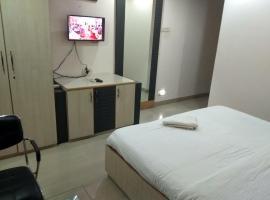 JK Rooms 122 Shaheen-Nr. Mahindra Co.-MIDC