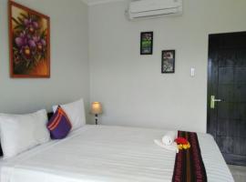 CF Komodo Hotel