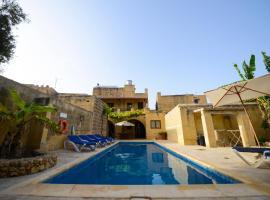 Tal-Masklu farmhouse, hotel in Għarb