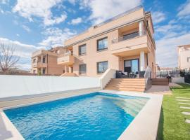 Salou Villa Private Pool & Jacuzzi