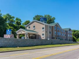 Cobblestone Hotel & Suites - Erie, hotel with pools in Erie