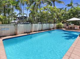 HighTide On Noosa Sound, hotel in Noosa Heads