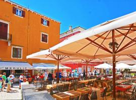 Medulić Palace Rooms & Apartments, boutique hotel in Šibenik