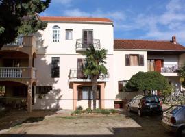 Apartments with a parking space Biograd na Moru (Biograd) - 5899