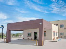 Days Inn by Wyndham Taos, hotel near Rio Grande Gorge Bridge, Taos