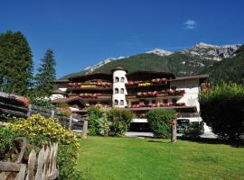 Hotel Burgstall, Hotel in Neustift im Stubaital