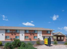 Super 8 by Wyndham Colorado Springs/Chestnut Street, motel in Colorado Springs