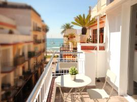 Blue Sea Holiday Rentals, apartment in Sitges