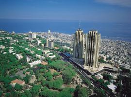 מלון דן פנורמה חיפה, מלון בחיפה