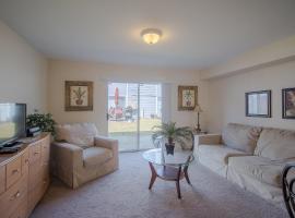 Oak Shores 93 - Two Bedroom Apartment