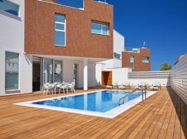 Sunrise Seaview Luxury Residences