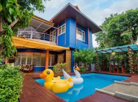 Island Blue Home Pool Villa Resort