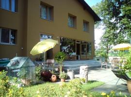 Hotel Garni - Appartements Fuksas, hotel in Bad Gleichenberg