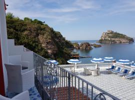 Hotel Da Maria, hotel near Cartaromana Beach, Ischia