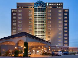Embassy Suites Monterey Bay - Seaside, hotel near Del Monte Beach, Seaside