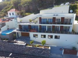 Guesthouse-TheView, B&B in Ribeira Brava
