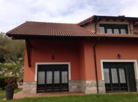 Casa LLampedro