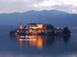Villa Monziani, exclusive island lakeside villa